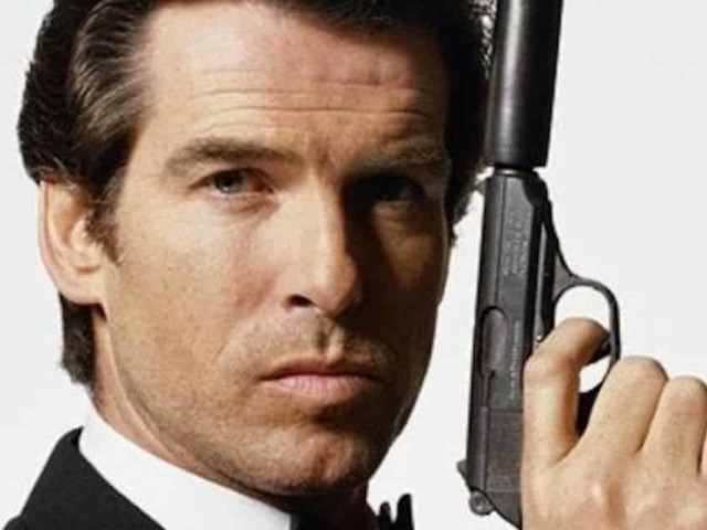 L'ex James Bond Pierce Brosnan vuole un Agente 007 donna