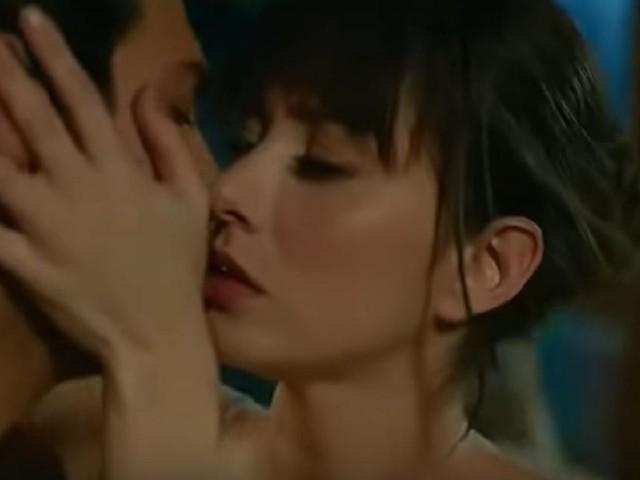 Dolunay, spoiler puntate di fine agosto: l'Aslan e la Piran fanno l'amore