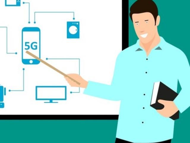 5G, un gruppo di parlamentari chiede lo spegnimento delle antenne