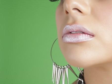 Labbra protette dal sole, consigli utili per mantenerle idratate
