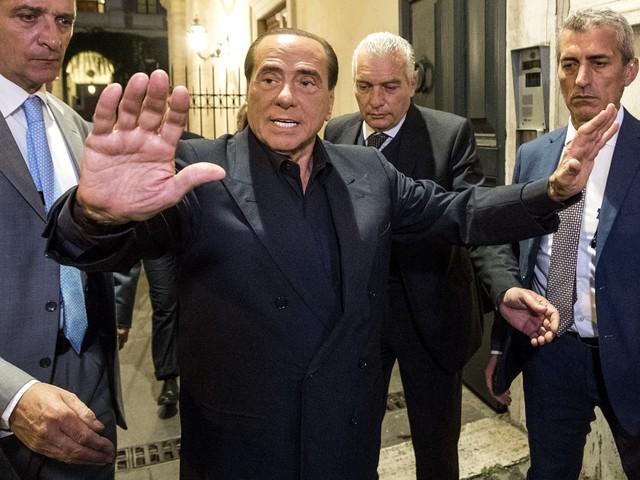 """Diciotti, Berlusconi contro il M5s: """"Ricattano gli elettori e gli alleati"""""""