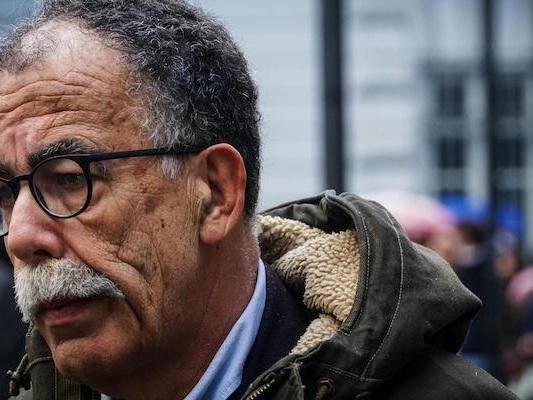 Il ministero dell'Interno ha tolto la scorta al giornalista Sandro Ruotolo, minacciato dalla camorra