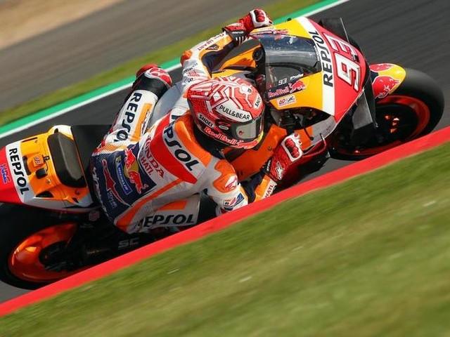 Silverstone: Marquez in pole. Ma Rossi torna in alto: è secondo