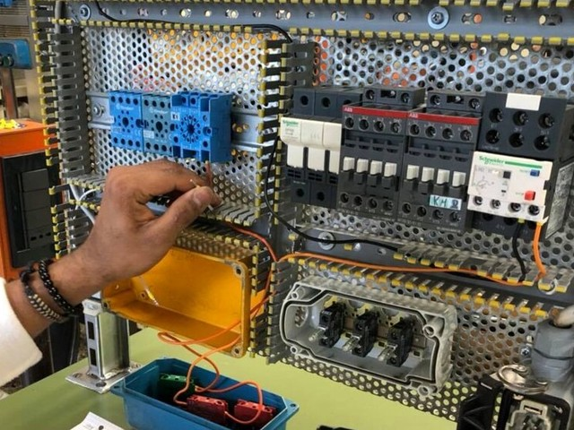 Scuola, aperte le iscrizioni all'Enaip per diventare gli idraulici o elettricisti del futuro
