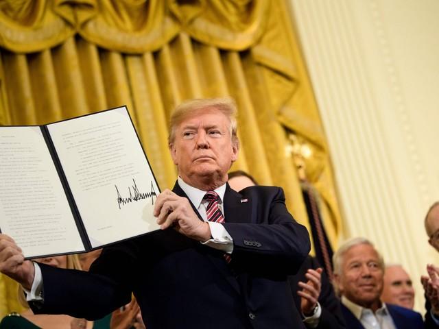 """Trump fa volare i mercati: """"Accordo con la Cina vicino"""""""