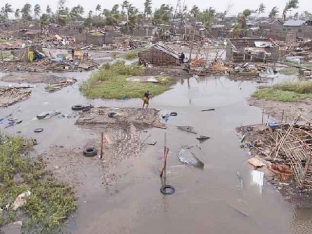 Ciclone Idai, ecco chi li aiuta a casa loro: gli italiani al lavoro nel fango del diluvio del Mozambico