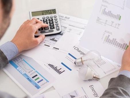 Energia: da ARERA nuovi obblighi informativi per i venditori