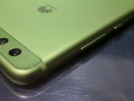 Primi riscontri per Huawei P10 con EMUI 9.1 e tempi di uscita in Italia per gli esclusi