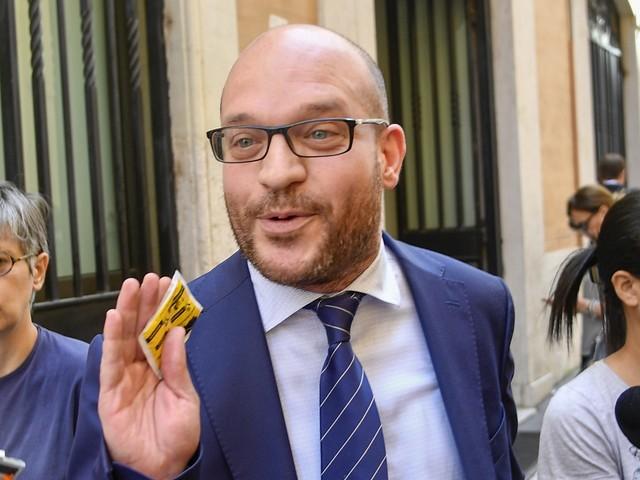 Lorenzo Fontana nuovo ministro per gli Affari Ue, ok di Conte alla proposta di Salvini