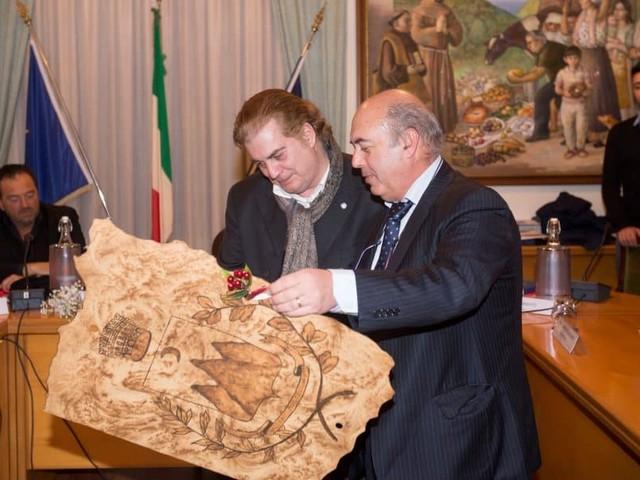 Tramonti: Vladimir Luxuria e Maurizio Casagrande tra gli ospiti del Premio Letterario