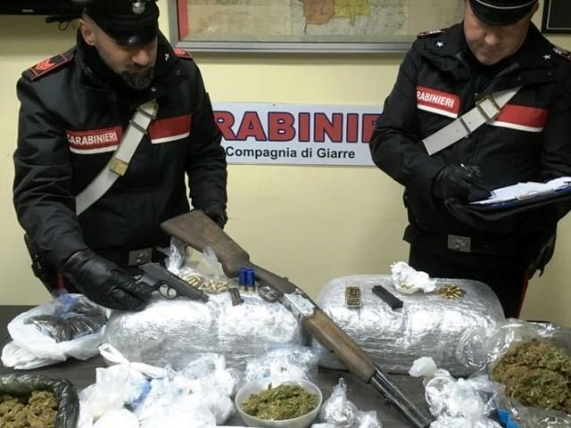 Sequestrati oltre 15 chili di marijuana e cocaina tra Giarre e Riposto
