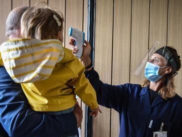 Covid, bambini dell'asilo sorvegliati speciali: tra i 3 e i 5 anni il più alto numero di contagi da inizio pandemia