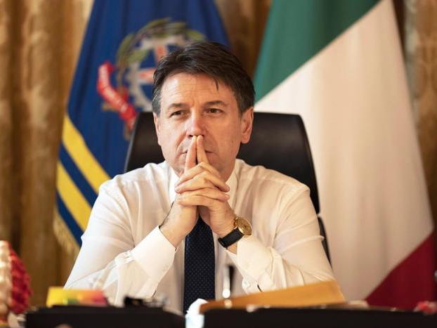 """Governo, Mattarella avvia le consultazioni. Per ora si gioca a carte """"coperte"""" dopo le dimissioni di Conte"""