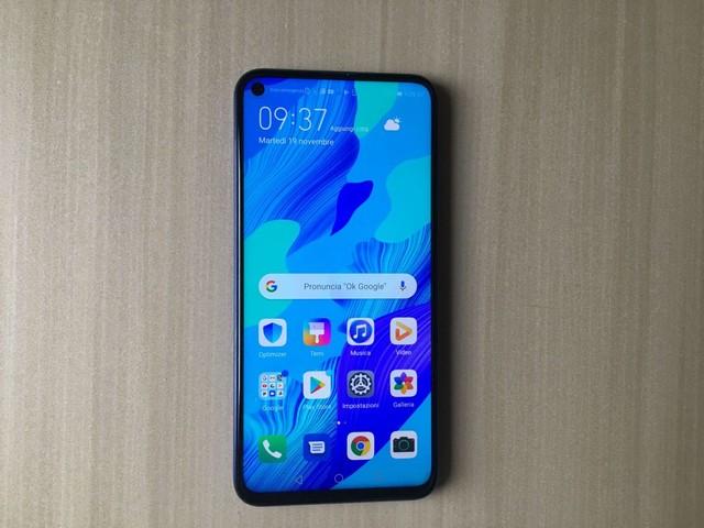 Recensione Huawei Nova 5T: il top di gamma a buon prezzo