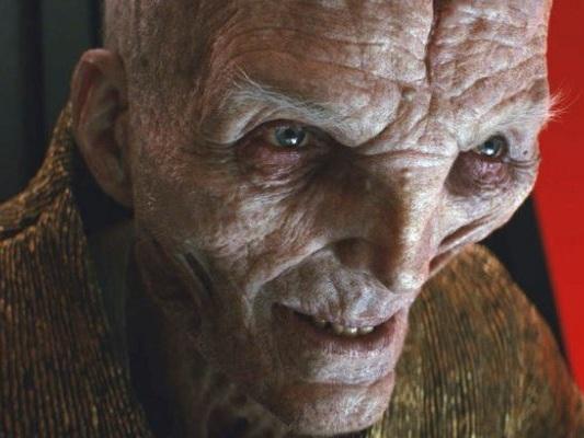 """Star Wars: Gli Ultimi Jedi, Serkis commenta il destino di Snoke: """"Lo considero giusto"""""""