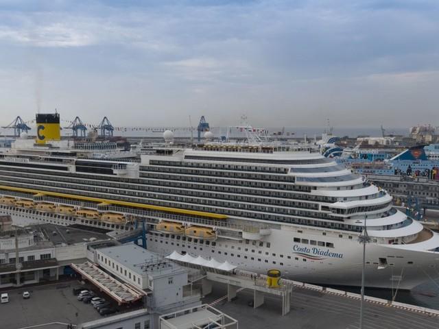 Costa Crociere, la prima ripartenza da Genova