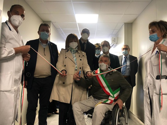 Modular hospital, così l'ospedale di Foligno punta a 25 terapie intensive