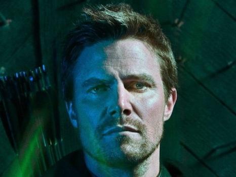 """Cambiano i flashforward in Arrow 8 e tutto si complica: """"Ci saranno molte lacrime nell'ultima stagione"""""""