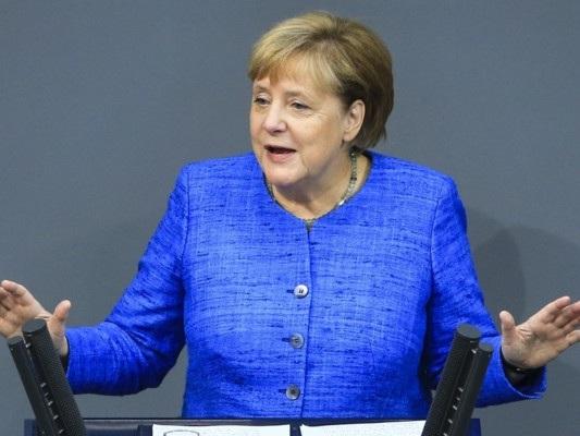 """La Germania sull'orlo della recessione non rinuncia allo """"zero nero"""""""