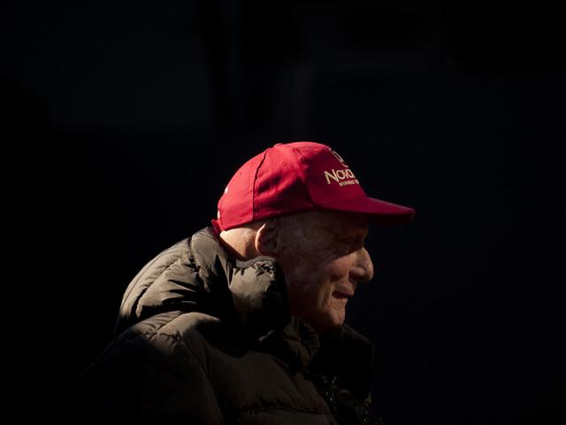 Lauda, il campione che visse due volte. Coraggio e coerenza: così è diventato mito