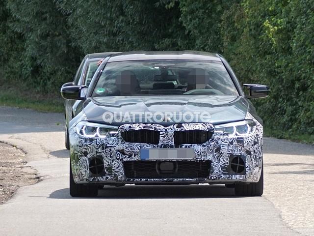 BMW - Restyling in vista per la M5