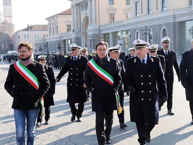 Nuovi turni di lavoro, i vigili a Padova minacciano sciopero il giorno della visita di Mattarella