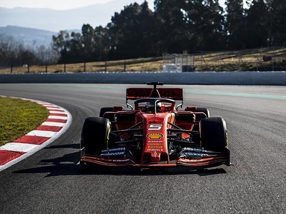 Ferrari, primi chilometri a Barcellona