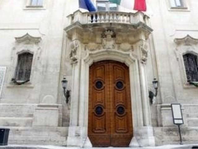 Buoni spesa, online l'avviso del Comune di Lecce. Domande dal 6 aprile