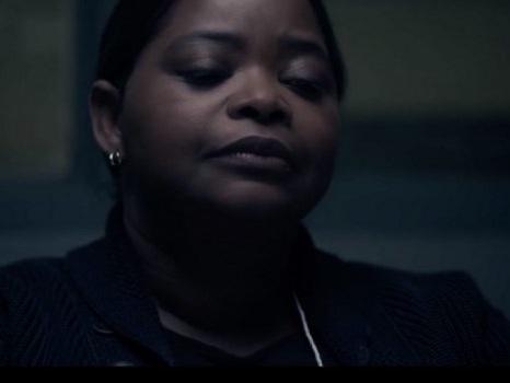 Svelato il trailer di Truth Be Told su Apple TV+, miniserie true crime per Aaron Paul e Octavia Spencer