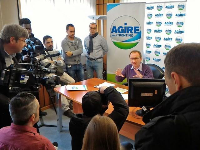 L'On. Fraccaro e la questione del Nucleo Elicotteri, Agire: «Il candidato che si attiva in campagna elettorale a traino di chi lavora sul territorio»