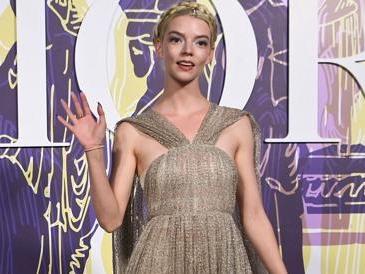 Anya Taylor-Joy, la nuova testimonial Dior per abbigliamento e make-up