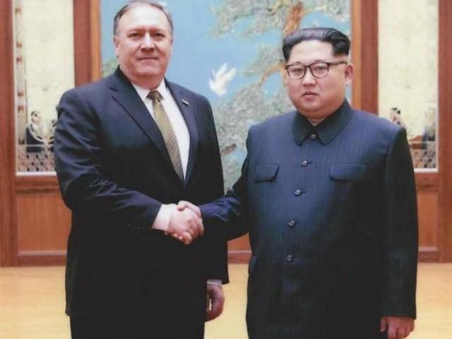Usa: fissato summit Trump-Kim, Pompeo riporta in America tre americani detenuti in Corea del Nord