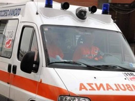 Firenze, bimbo di 2 anni cade da finestra agriturismo: è grave