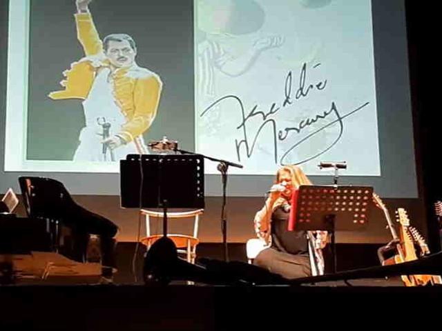 """Mangiamusica, il video di """"Amore, morte e rock & roll"""". Sold out al Magnani di Fidenza per le Lezioni di volo e di atterraggio del prof. Vecchioni di stasera"""