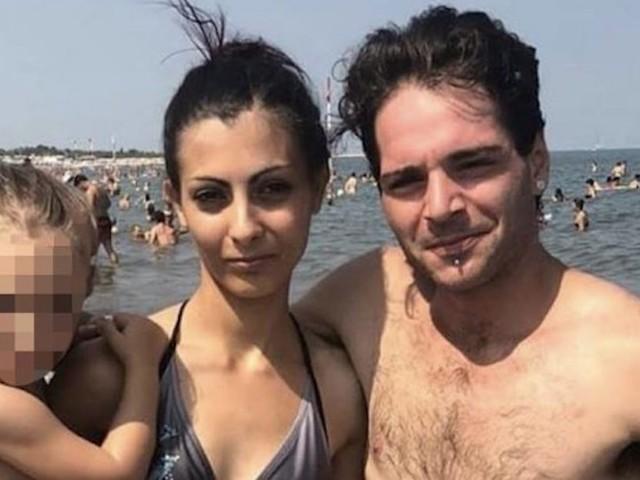 """Giulia, uccisa dal marito. La gelosia su WhatsApp: """"Non truccarti, fatti brutta"""""""