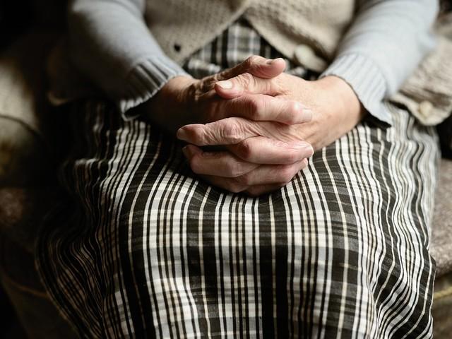 Federico confessa tutto, mamma e zio morti nella legnaia per la pensione
