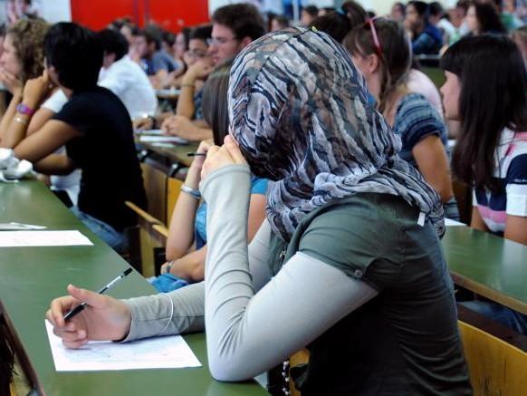 L'Italia «trascura» le lauree degli immigrati