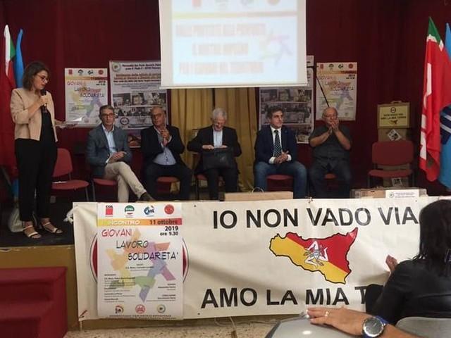 Nasce l'alleanza tra sindacati e Movimento delle valigie