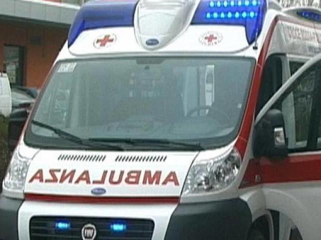 Bambino di 9 anni travolto e ucciso da un'auto. Al volante un uomo di 70 anni