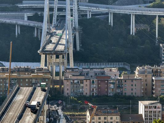 Chi e quando doveva dare l'allarme sulla sicurezza del Ponte Morandi? Indagini vicine a una svolta