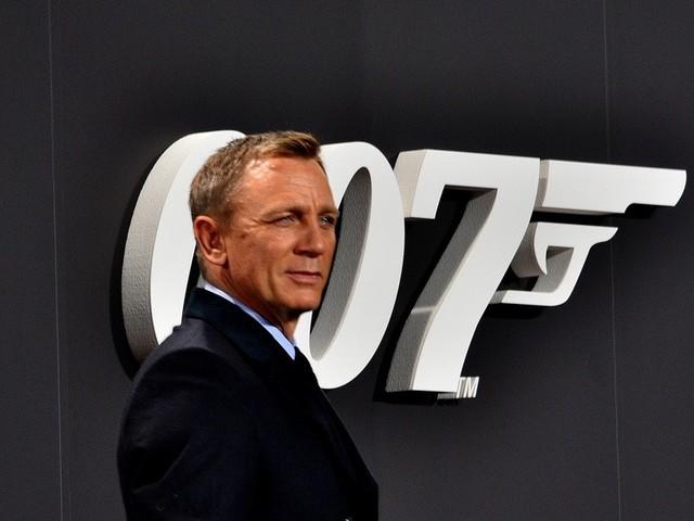 James Bond nel Salernitano: a Sapri si gira il nuovo film di 007