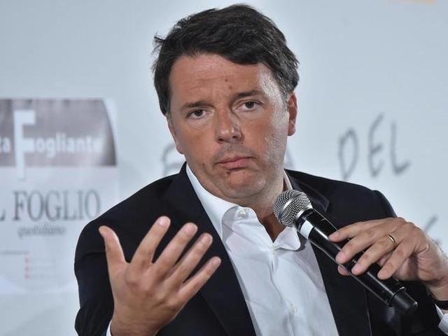 Renzi avanti senza gli ex: da Pisapia fino a Casini, così saremo sopra il 30%Ma Fassino: 'Si dialoghi'