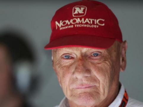 Sollievo per Niki Lauda: dimesso dall'ospedale