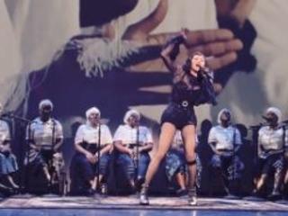 """""""Anch'io sono umana"""" Madonna ferma il tour: """"Dolori indescrivibili"""""""