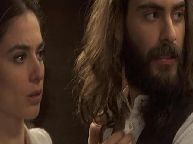 Il Segreto, anticipazioni al 24 gennaio: Isaac ed Elsa vogliono sposarsi