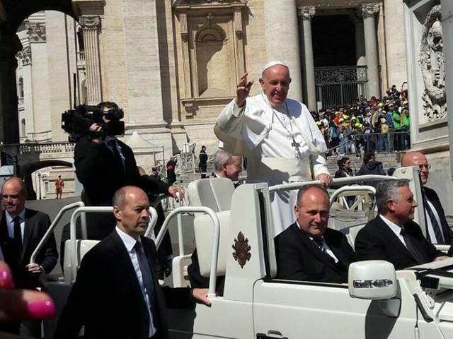 Papa Francesco in visita a Napoli: il Pontefice sarà in città il 21 giugno