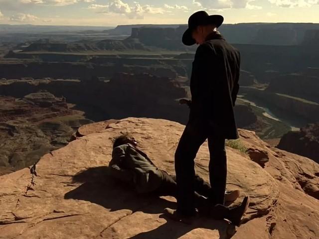 Viaggio nei luoghi delle serie tv, guida alle location da visitare dal Trono di Spade a Breaking Bad