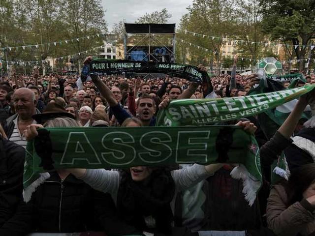 Le città del calcio/6 Saint-Étienne, che andò così in alto da cadere e farsi male
