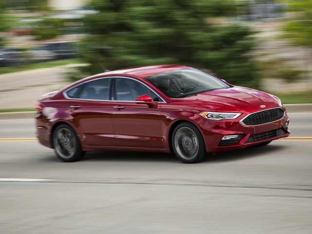 2018 Ford Fusion, Reviewed in Depth: Quantity over Quality