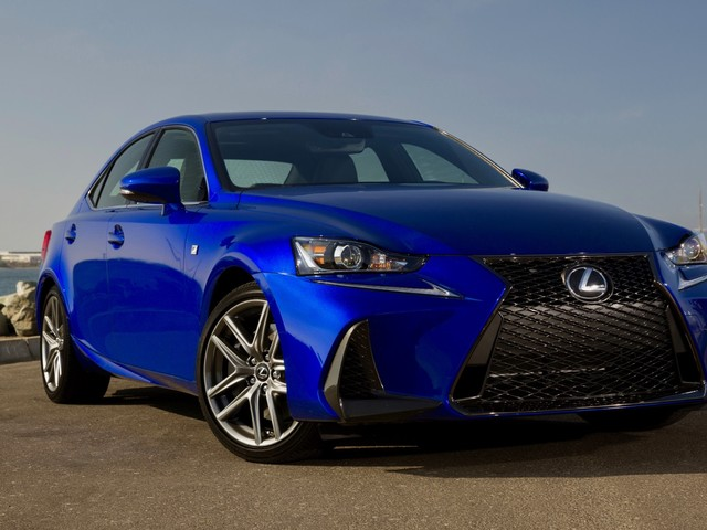 2018 Lexus IS Review: Stylish, but not too exciting